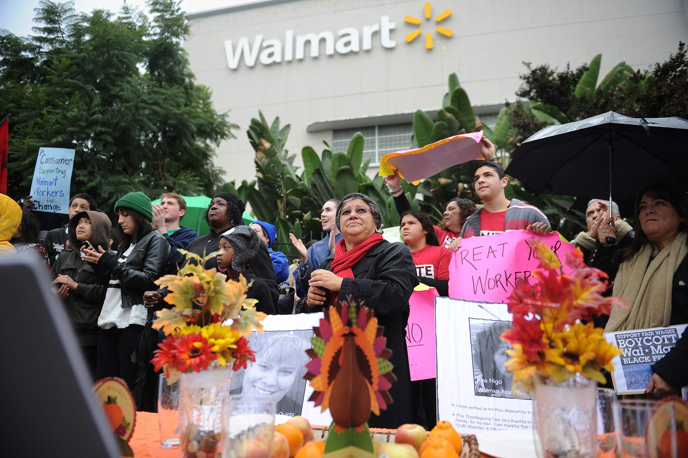 Walmart worker protesting