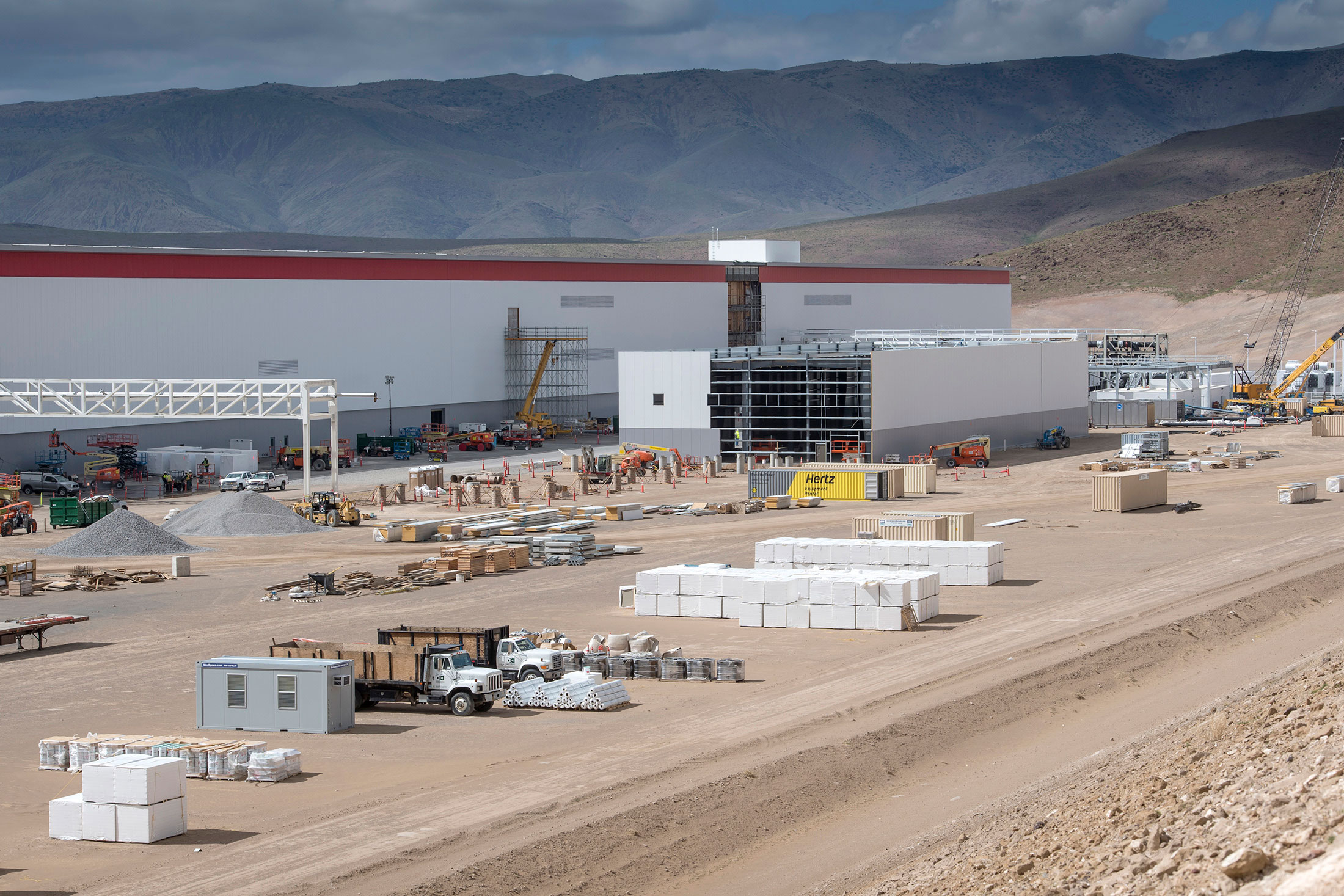 Inside The Gigafactory That Will Decide Tesla S Fate