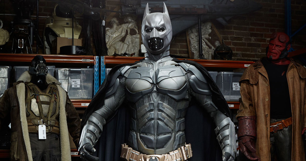 Hollywood Movie Costumes and Props: The Dark Knight Rises ...   Film Props