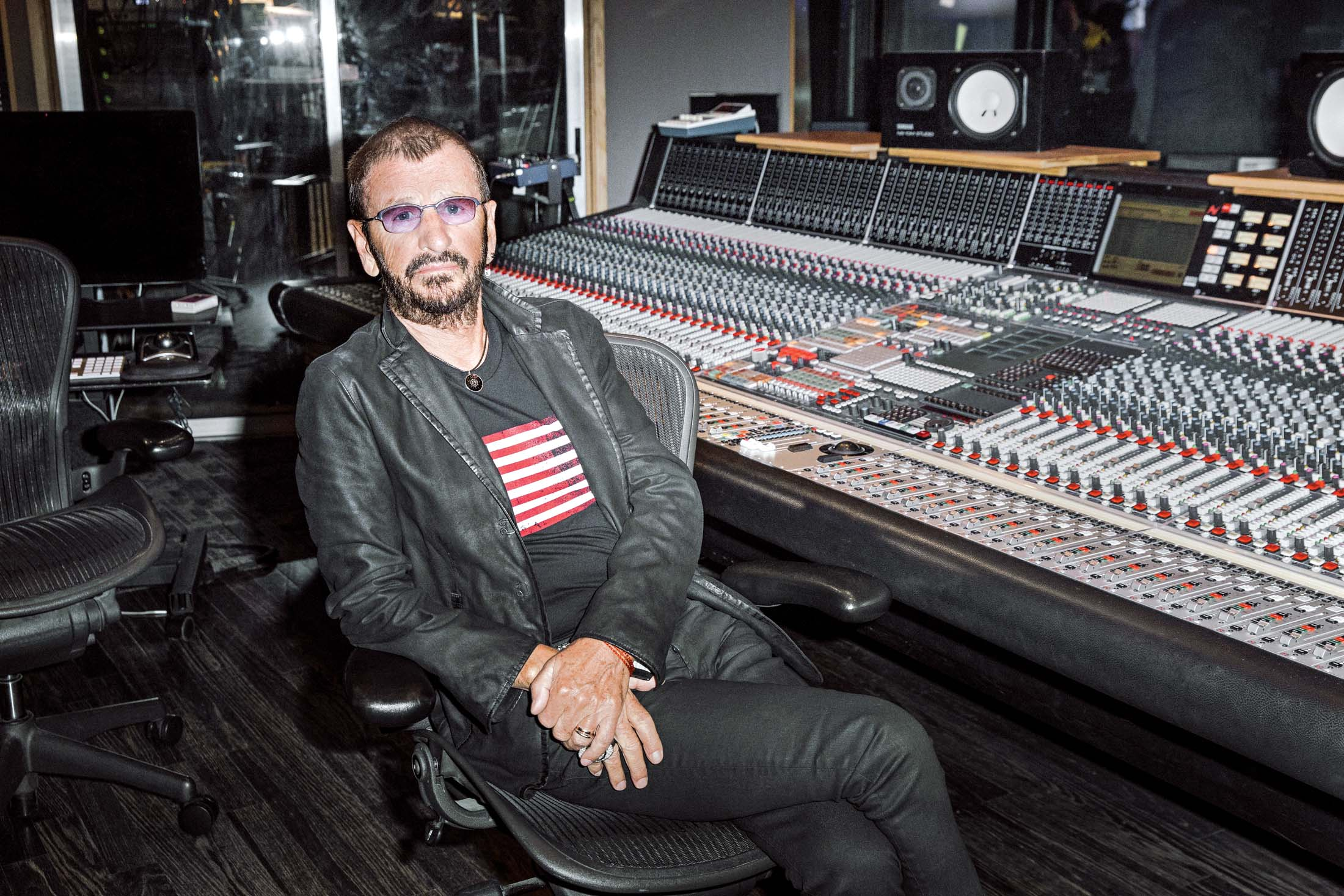 Ringo Starr How The Beatles Benefited From Being Late To Digital