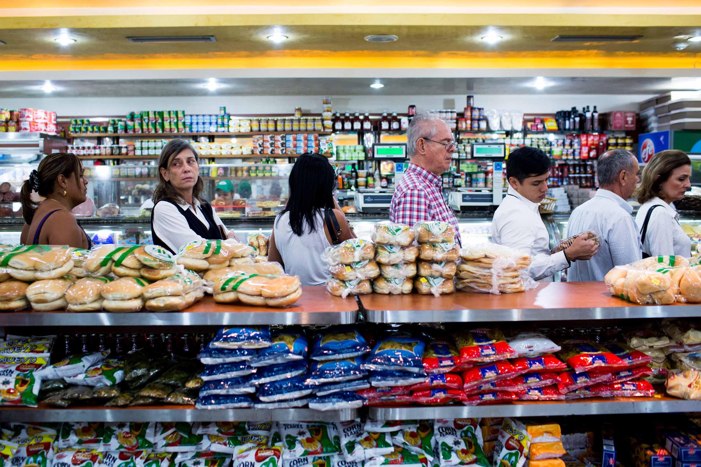 lines in Venezuela store